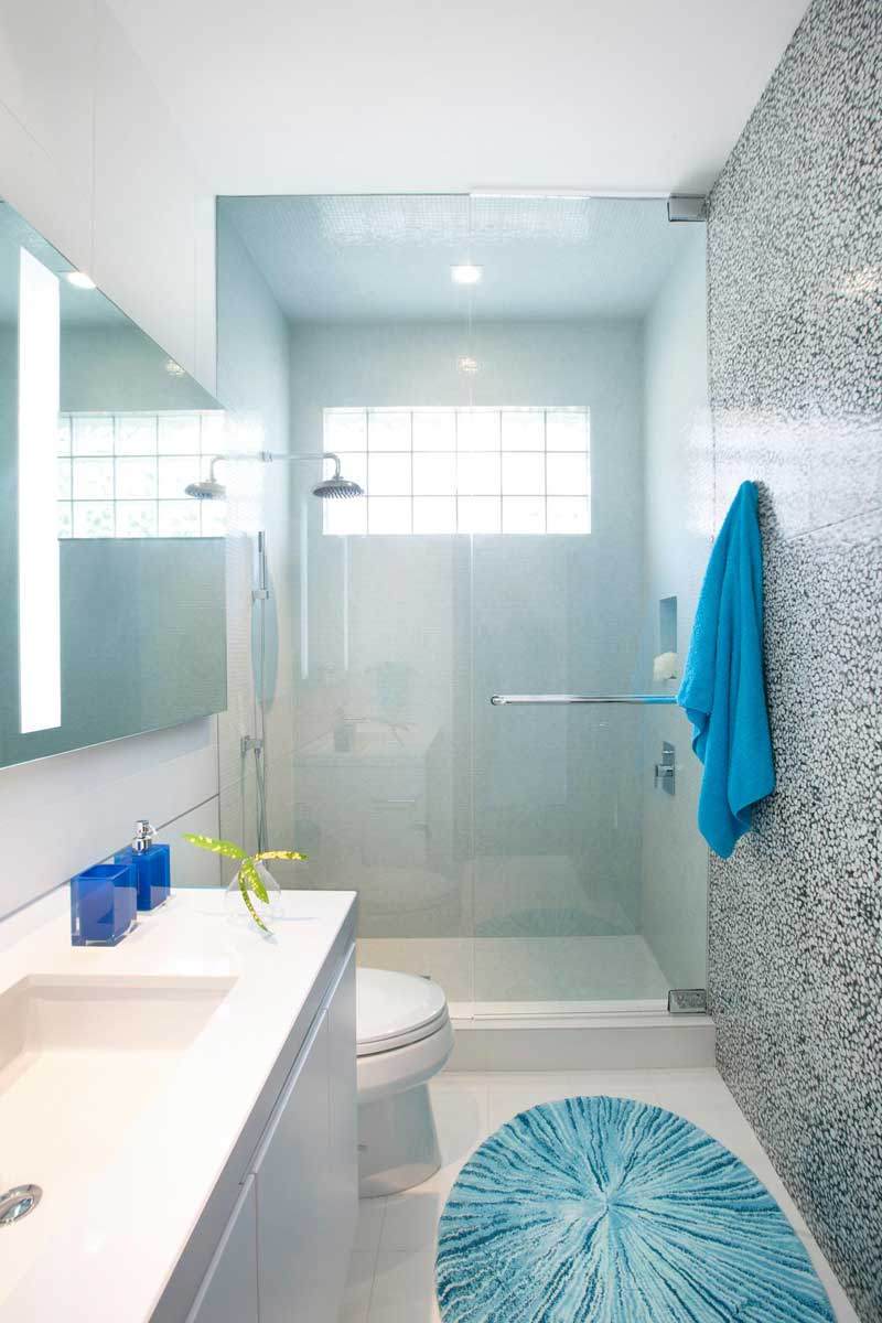 50 Modern Small Bathroom Design Ideas - Homeluf.com on Modern Small Bathrooms  id=37900