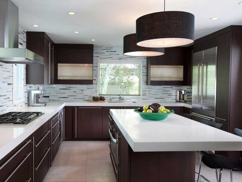 Kitchen Design with Bold-Fixtures