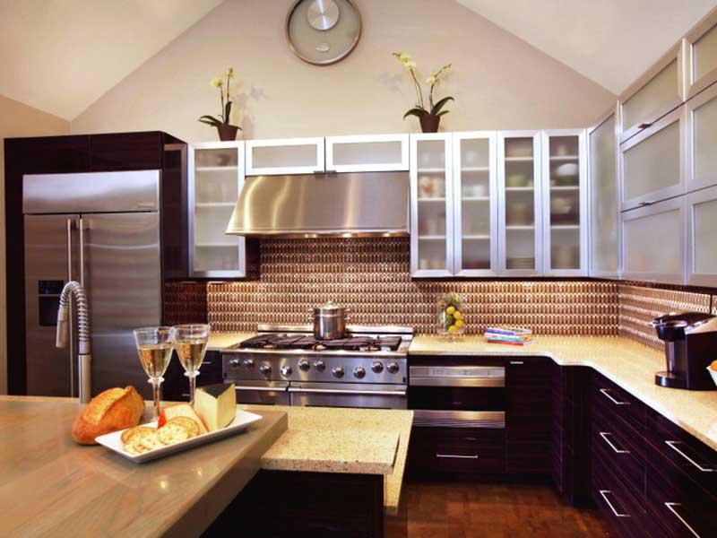 Neutral and Brown Kitchen