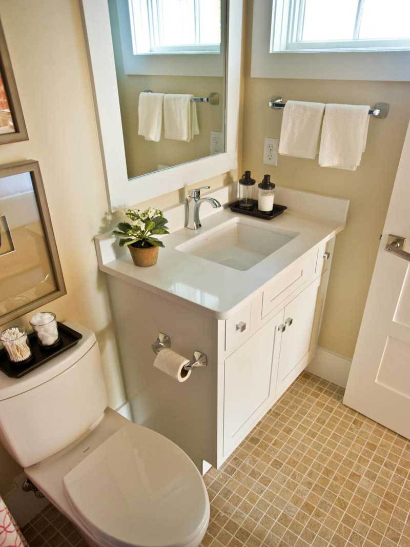 Small Bathroom with White Vanity