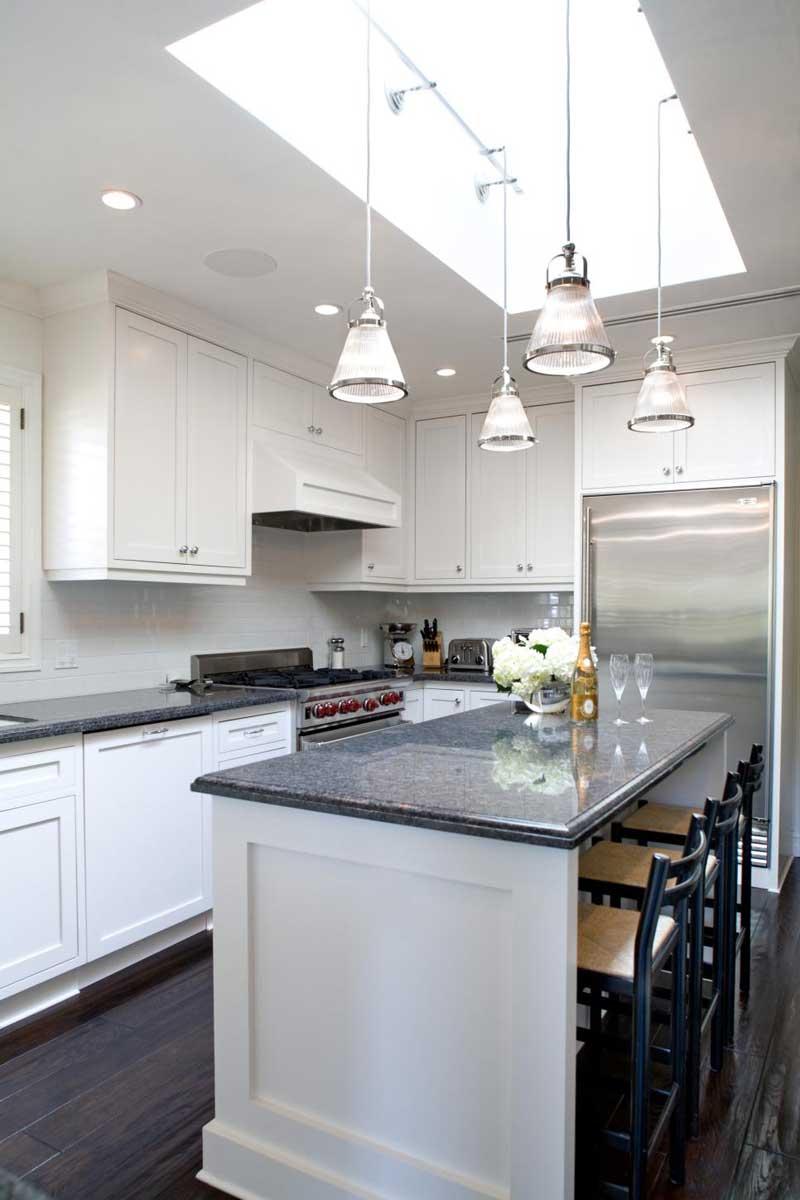 Kitchen Island With Gray Granite Countertops