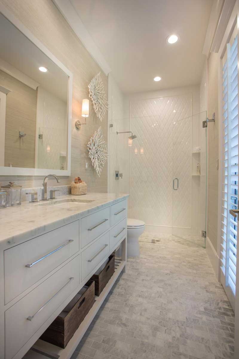 Bathroom with Marble Tile Floor