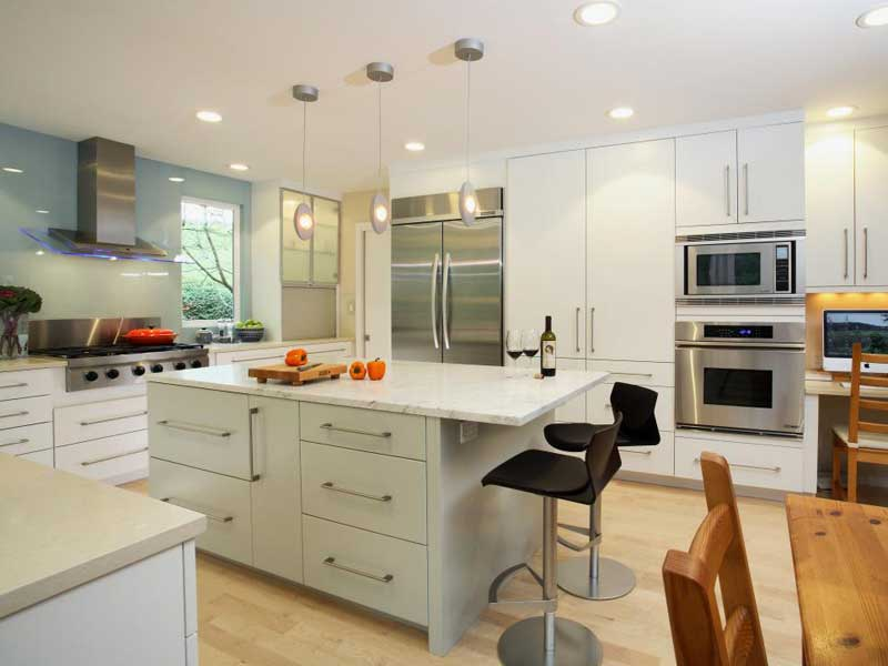 Marble-Topped Kitchen Island With Contemporary Barstools