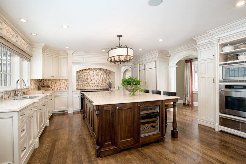 Kitchen Island with 4 Light Drum Chandelier