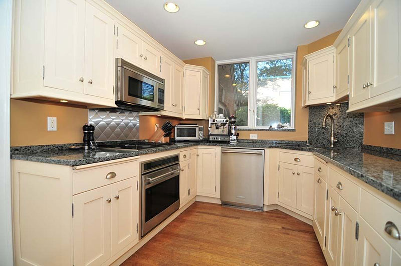 Traditional kitchen with blue pearl granite countertops