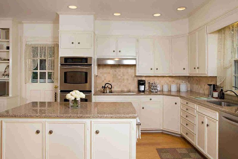 Giallo ornamental granite countertops photos