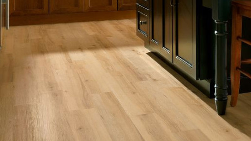Those That Are Looking For A Smooth Light In Texture Flooring May Want To Take Gander At The Luxe Sugar Creek Maple Series Natural Shade