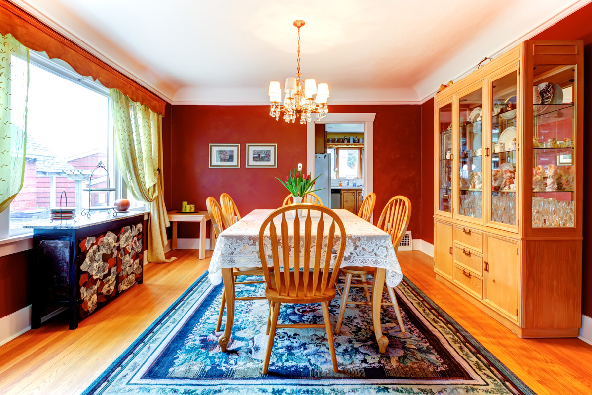 dining-room-with-blue-rug
