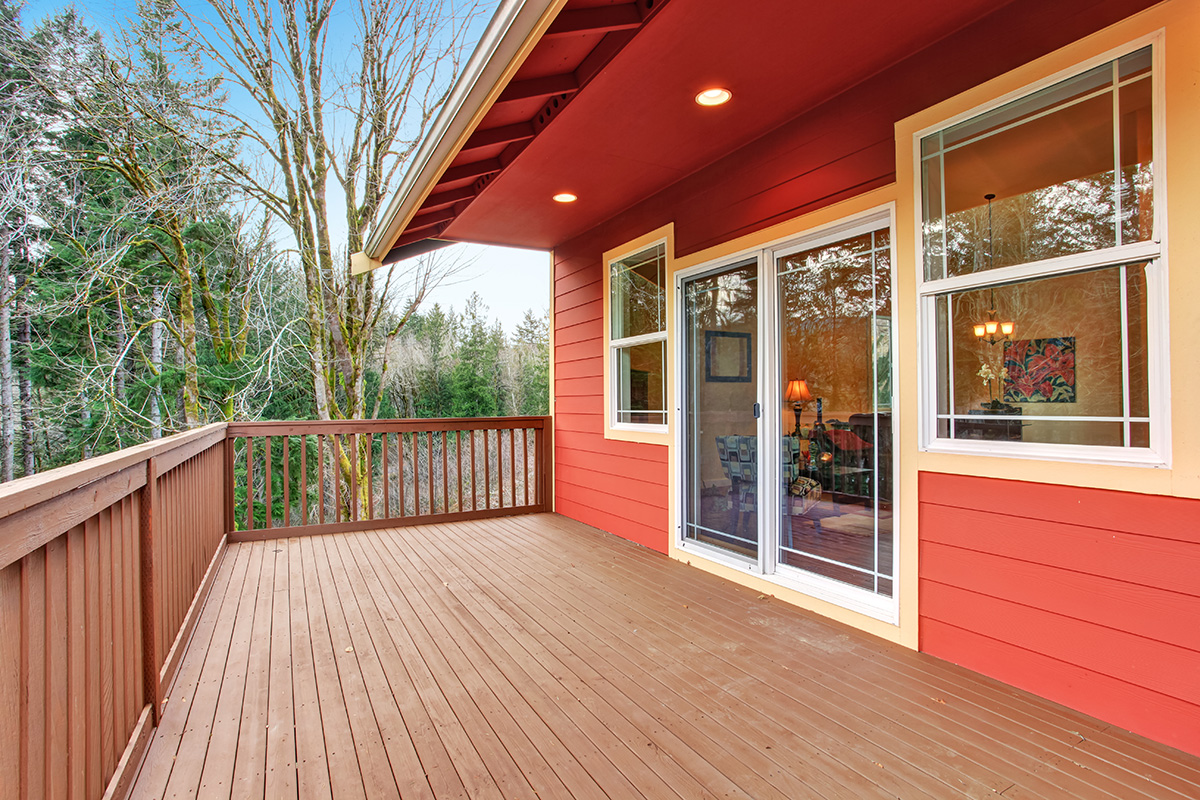 reddish-brown-deck-stain